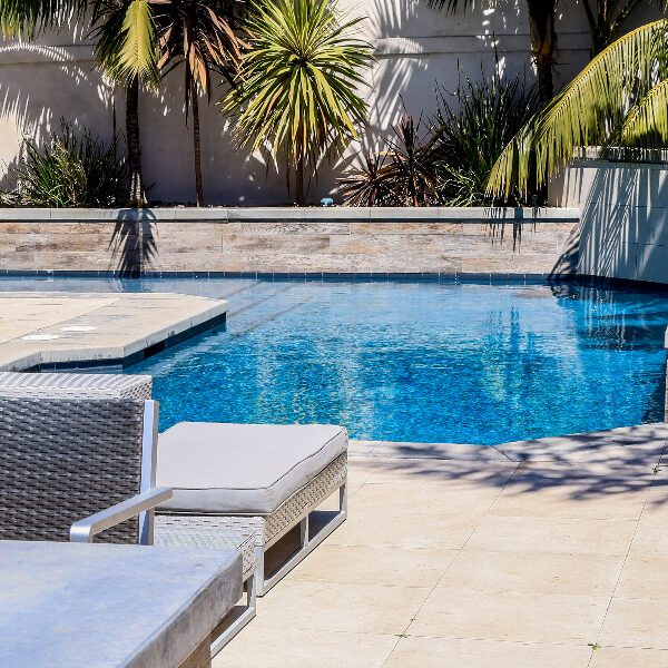 jsq-pools-queen-residence-pool-image-14