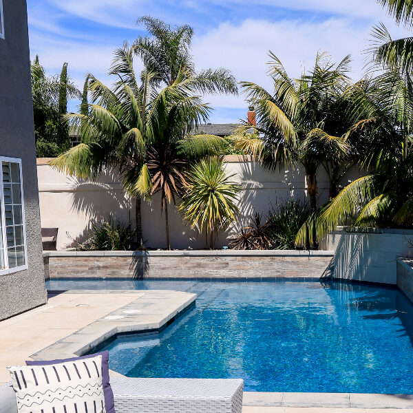 jsq-pools-queen-residence-pool-image-16