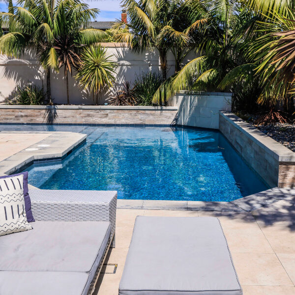 jsq-pools-queen-residence-pool-image-17