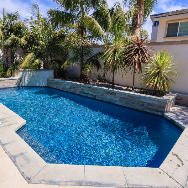 jsq-pools-queen-residence-pool-image-18