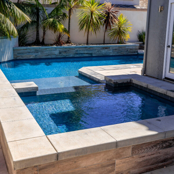 jsq-pools-queen-residence-pool-image-22