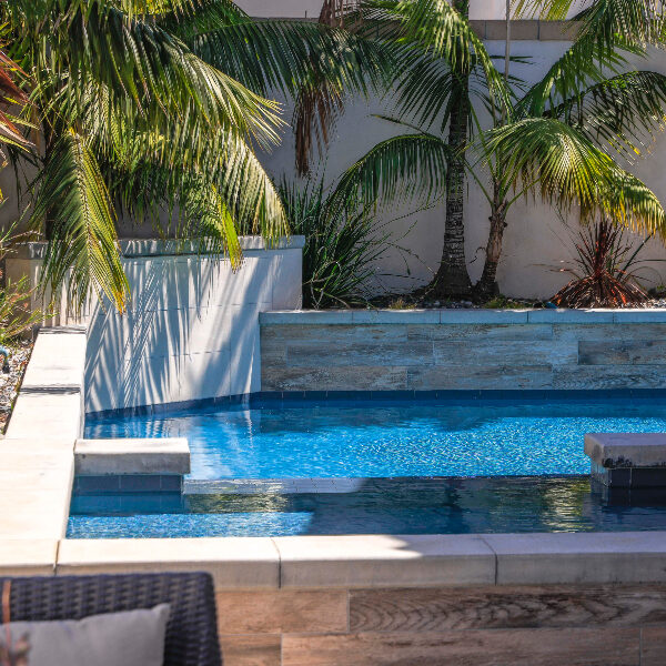 jsq-pools-queen-residence-pool-image-26