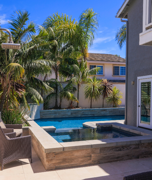 jsq-pools-queen-residence-pool-image-28