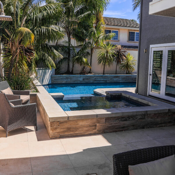 jsq-pools-queen-residence-pool-image-29